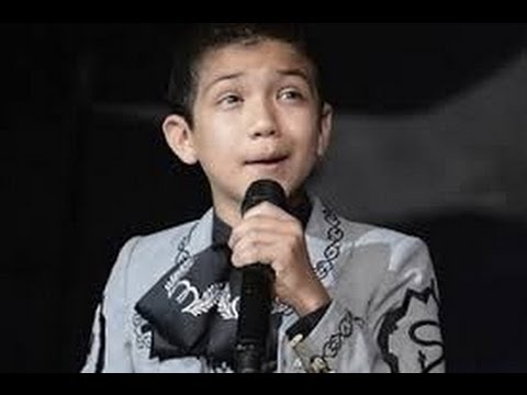 Boy Wearing Mexican Sings America National Anthem at NBA Attacked online