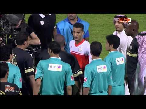 """لقطة طرد """"نايف هزازي"""" بعد نهاية مباراة الشباب والرائد - MBC PRO SPORTS"""