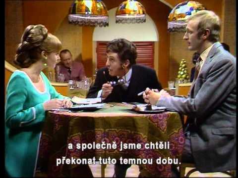 Monty Python - Restaurant Sketch (czech sub)