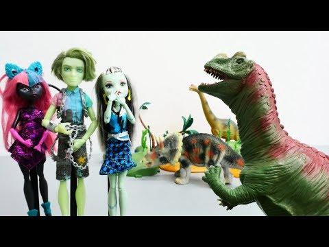 #MonsterHigh ZAMAN MAKINESİ ile GEÇMİŞE gidiyor. DİNOZORLA oyunlar!