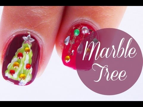 Christmas nail art : Marble christmas tree and lights