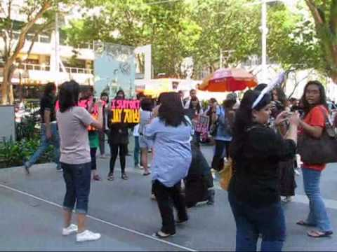 SINGAPORE TIME STOP FLASH MOB FOR 2PM Video