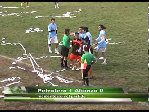 Incidente en partido Petrolero vs Alianza