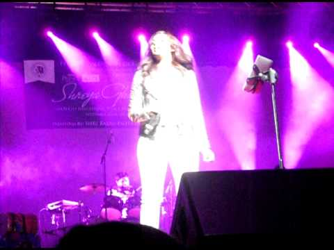 Shreya Ghoshal singing ajeeb dastan hai yeh in New York