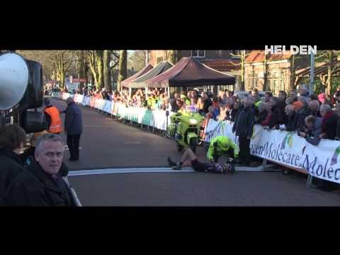 Loren Rowney is vandaag in de eerste etappe van de 55ste Ronde van Drenthe zeer ernstig gevallen. De Australische lag tweede en viel tijdens de eindsprint.