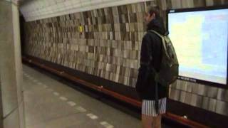 Jízda metrem bez kalhot 2012PrahaČeskárepublika/The no pants subway ride 2012 PragueCzechRepublic
