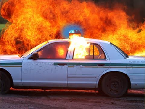 Flamethrower DESTROYS POLICE CAR! M2 Flamethrower RatedRR