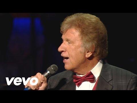 Gaither Vocal Band, Ernie Haase & Signature Sound - America Medley