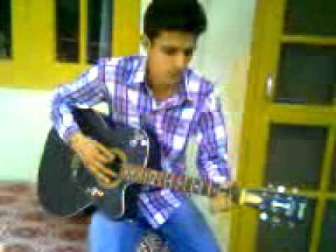 2010Arun kumar. kullu HP(on Guitar) playing dil sambhal ja jara...
