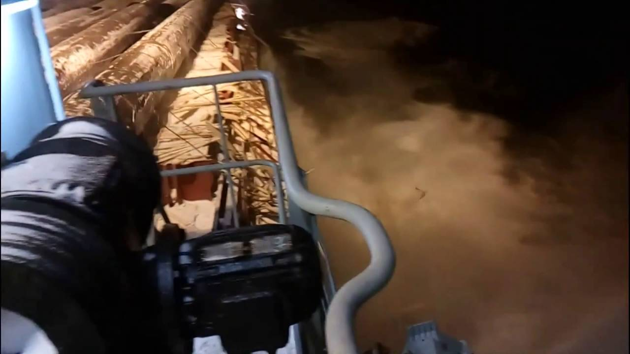 [Someone Forgot The Safety Straps On This Cargo Ship] Video