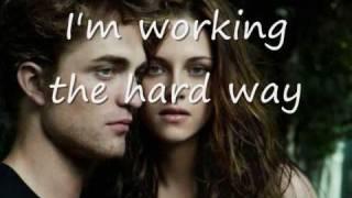 Watch Robert Pattinson To Roam video