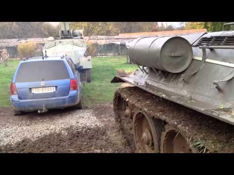 Как паркуется Т-34