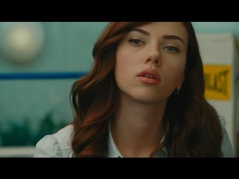 Scarlett Johansson Biography (UPDATE)