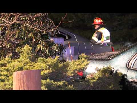 Three to CCH after Cotuit head on crash    1 27 16