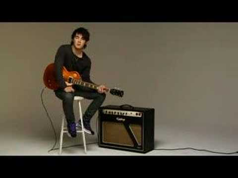 Kevin Jonas How To Play The Guitar NO MEAN COMMENTS