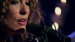Watch Sarah Buxton Love Like Heaven video