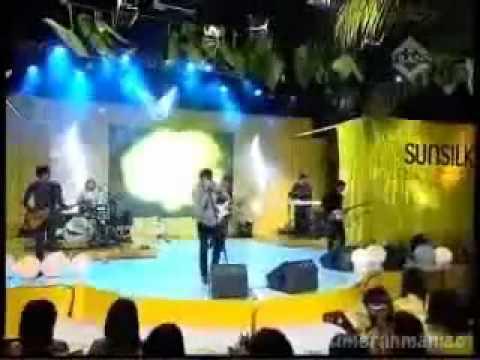 download lagu Dibalik Awan - Ariel Peterpan @ SUNSILK gratis