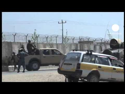 Hundreds escape from Afghan jail