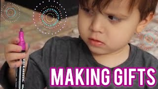 Making Personalized Christmas Gifts with Kids Vlog 250