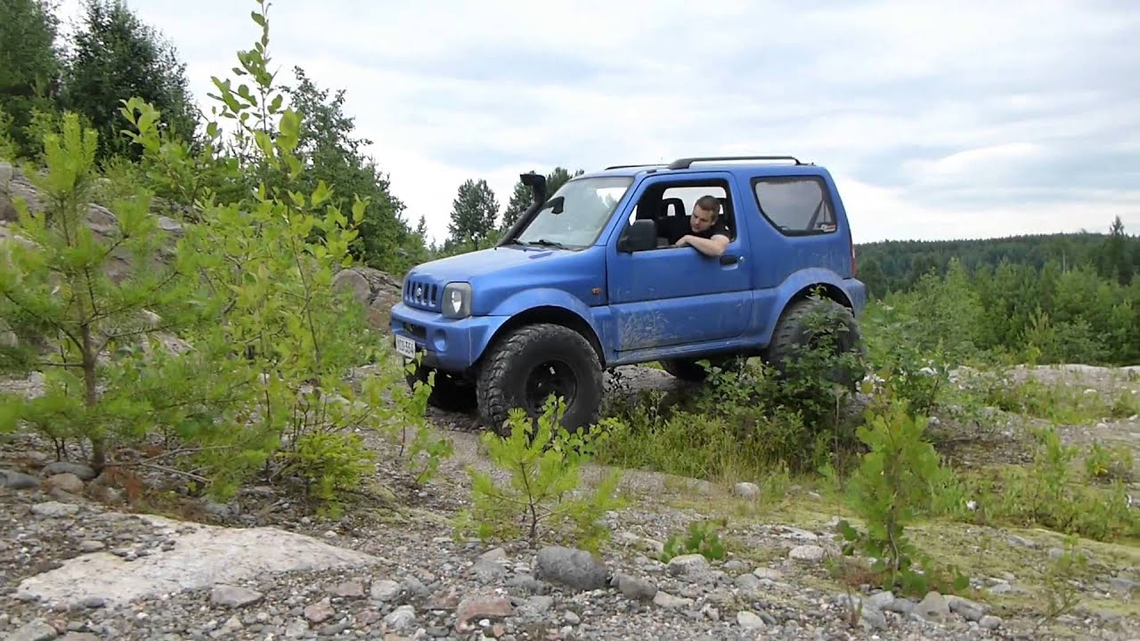 Suzuki jimny on 33 39 s crawling youtube for Hillside elevator kit