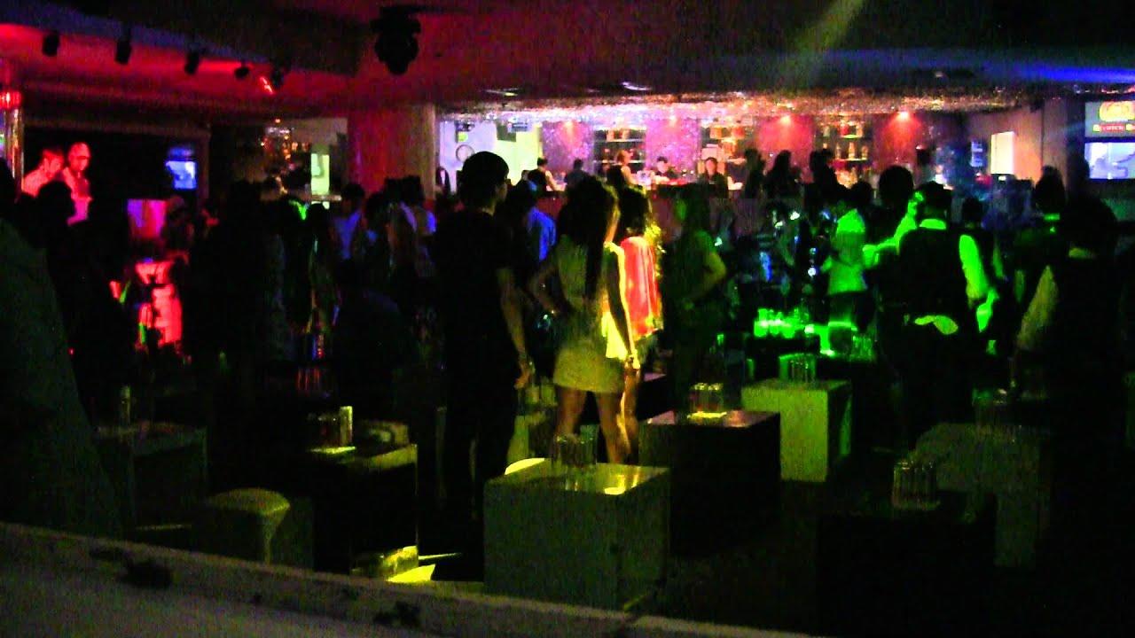 Scratch dog nightclub disco at windsor hotel in bangkok for Disco night club