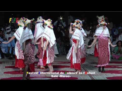 رقصة عروسة الشمال من توقيع أطفال روسيا thumbnail