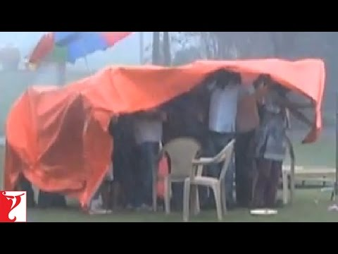 Heavy Rains Stop The Shooting Of LVRB - Ladies Vs Ricky Bahl