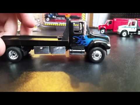 Greenlight HD Trucks International Flatbed Tow Truck