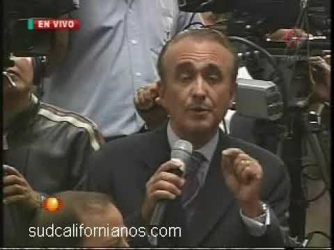 Pedro Ferriz de Con frente a los Legisladores