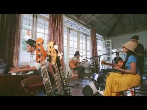 DDHEAR - Terang, Berpijar Harapan [Official Music Video]
