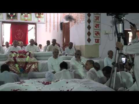 Bansi Wala - Tundla Bhandara 2010 - Ramashram Satsang Mathura Bhajan video