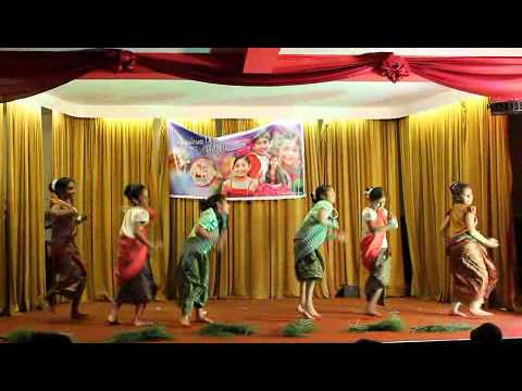 Kerala Folk Dance By Preston Dancers video