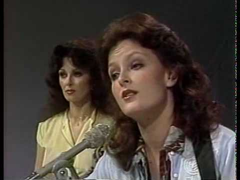 Flashback: See the Judds Cover Dolly Partons Coat of Many Colors news