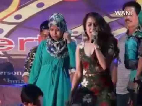 Dangdut Juragan Empang koplo Hot Lina Geboy