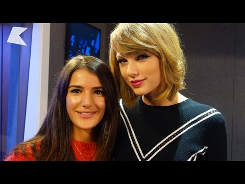 Taylor Swift talks photo bombing, influences and fashion