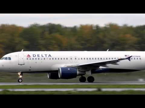 Delta Northwest Airlines N329NW A320-211 Takeoff PDX 28R