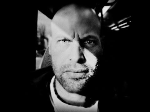 Smart phone photojournalism: Ben Lowy [HD] Media Report, ABC RN