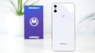 Motorola One unboxing