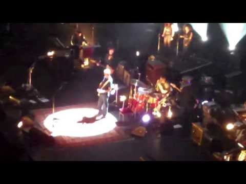 ERIC CLAPTON 20/5/13 ALBERT HALL I SHOT THE SHERIFF