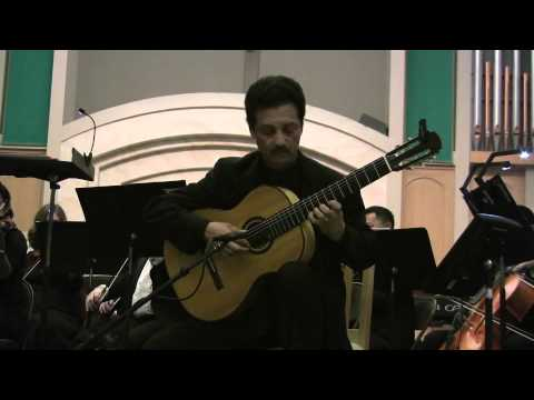 Fred Benedetti performs