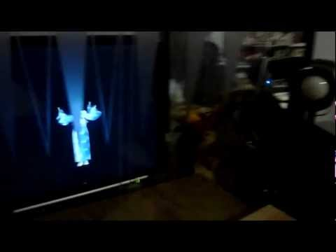 Make your own Hatsune Miku Hologram!! Easy!!