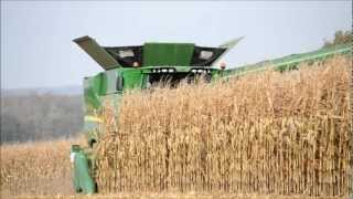 NEW John Deere S690i - Corn Harvest