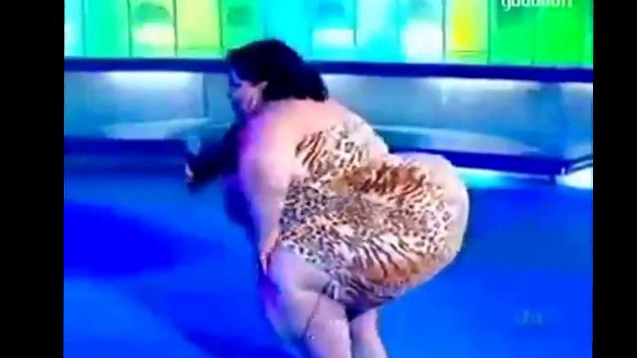 Танец толстой женщины 2 фотография