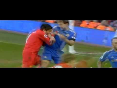 Luis Suarez bites AGAIN! CLOSE UP VIDEO - Suarez bites Chelsea's Branislav Ivanovic