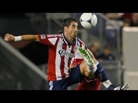 Juan Pablo Angel scores acrobatic goal for Chivas USA vs New York