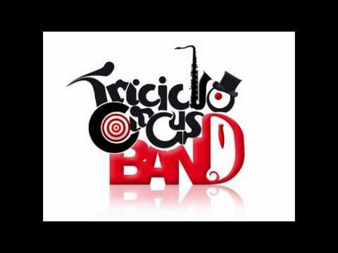 Triciclo Circus Band - Acaríciame
