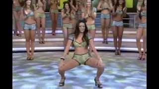 Dayane Alencar & Tainá Grando - Dançando Funk [Domingão do Faustão] (0002)