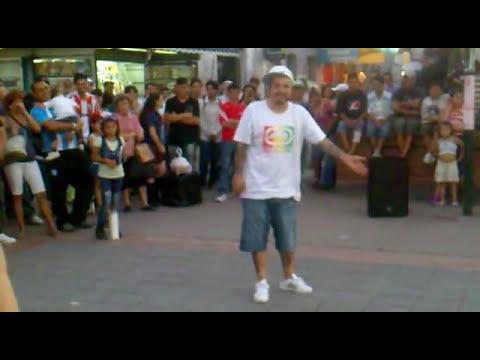 elchileno. video de risa en la estacion lanus