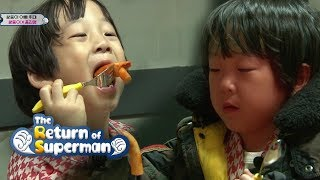 Lee Twins Try Hot Spicy Tteok-bokki [The Return of Superman Ep 212]