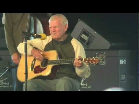 Doc Watson - You Must Come in at the Door
